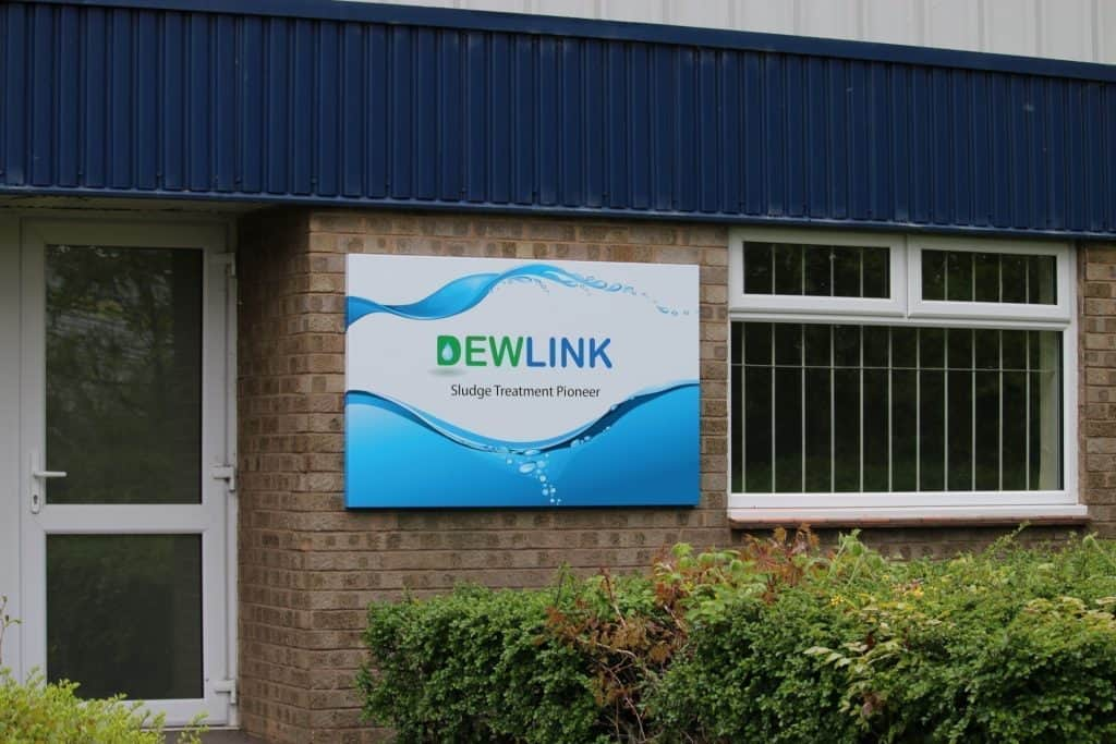 Dewlink sign