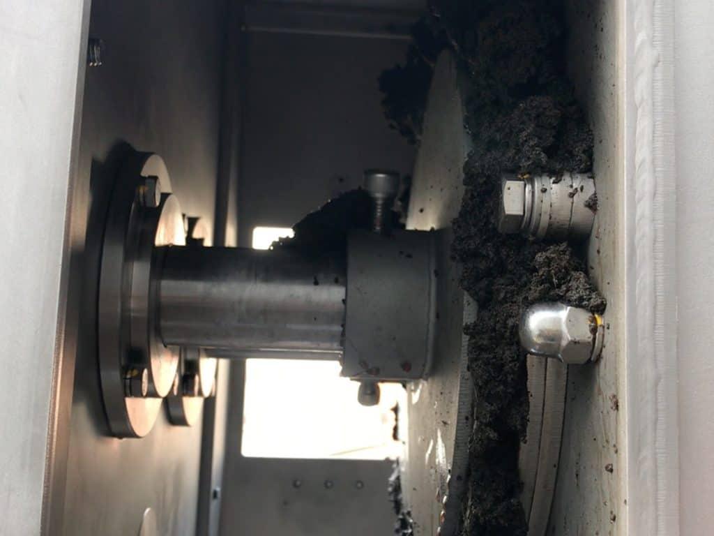 End plate sludge dewatering screw press